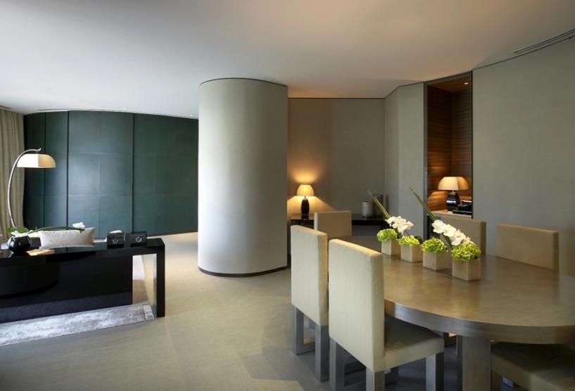 Armani Ambassador Suite - Dining Room