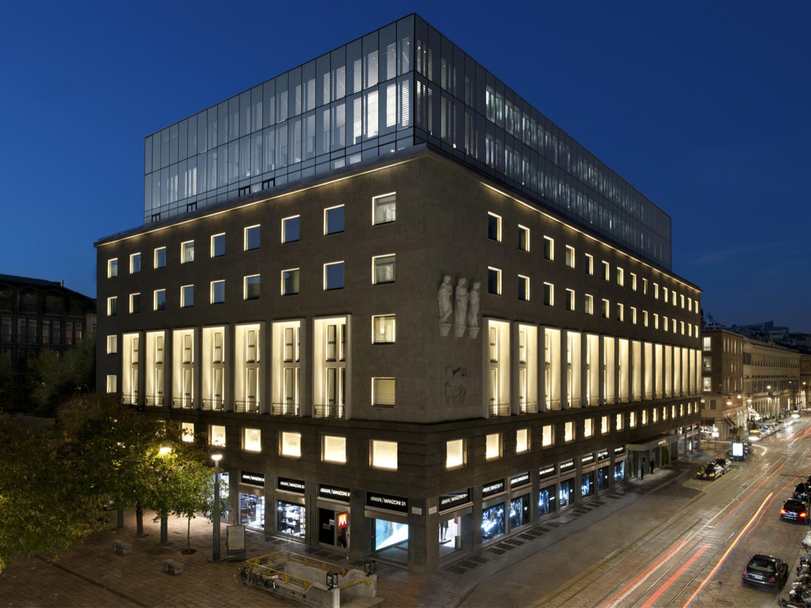 Fachada do Armani Hotel Milano